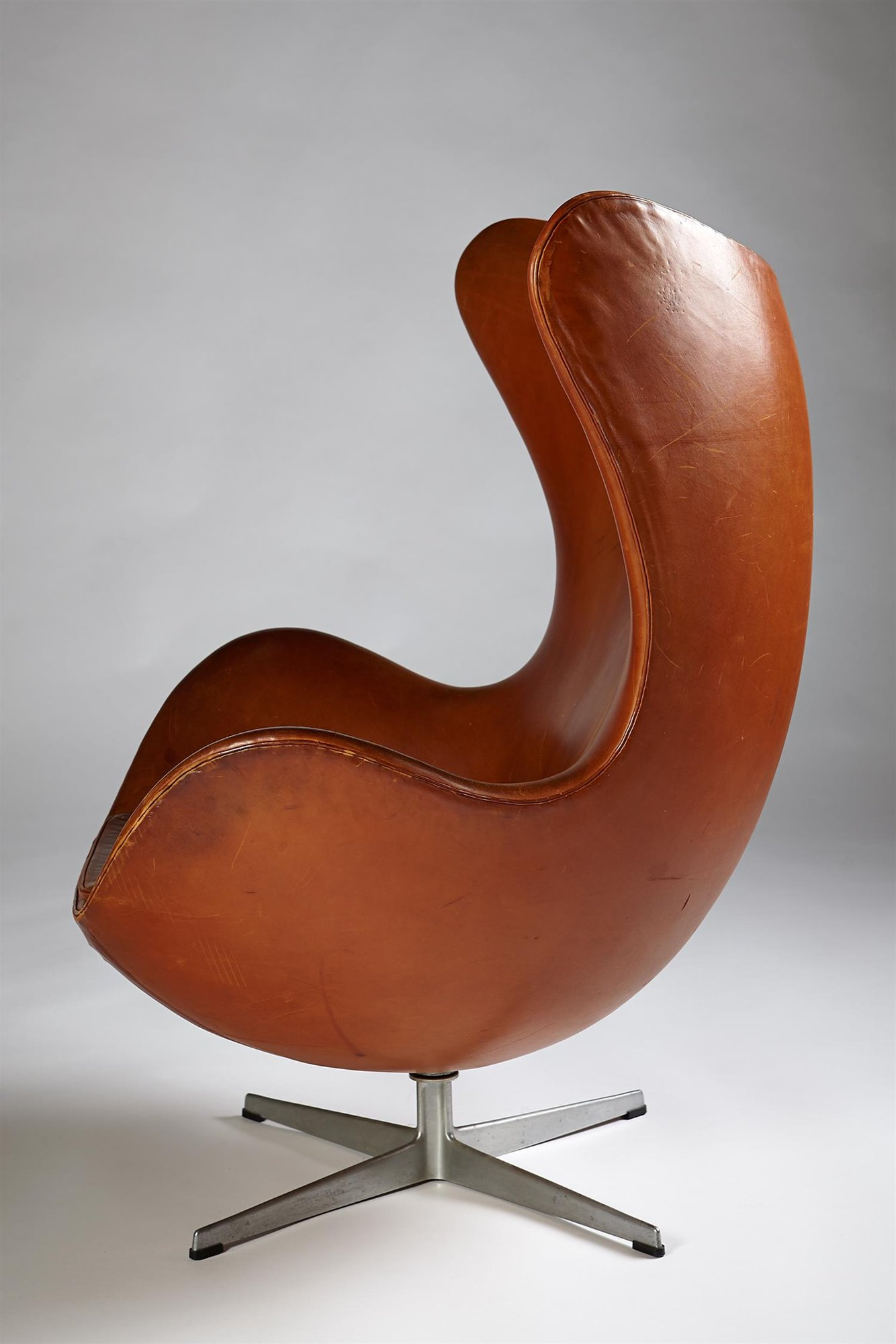 Egg Chair Cognac.Egg Chair Designed By Arne Jacobsen For Fritz Hansen Denmark